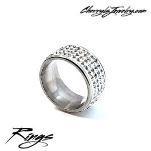 Jewelry - White Rhinestone Pave Sz 6.5